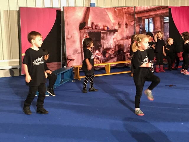 Yourstage Tots Show